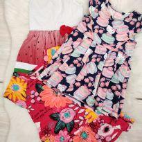 Lotinho de vestidos - 1 ano - Hello  Kitty