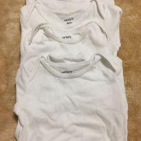 kit 4 bodys manga longa brancos Carters tamanho 6 meses - 6 meses - Carter`s