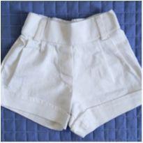 Shorts offwhite - 3 anos - Não informada
