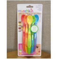 Kit com 6 colheres coloridos. -  - Munchkin