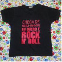 Camiseta CHEGA DE NANA-NENÉM, EU QUERO É ROCK N` ROLL - 6 meses - Não informada
