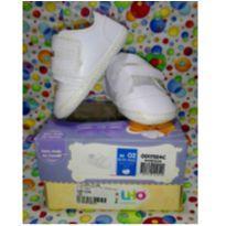 Sapato branco com velcro - 02 - Pimpolho