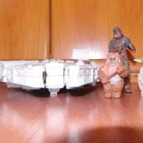 espaconave e 3 bonecos star wars -  - Hasbro