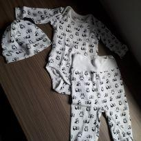 Conjuntinho panda fofíssimo - 0 a 3 meses - H&M