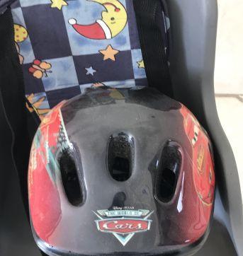 Cadeira Infantil para bicicleta - engate dianteiro (ganha capacete P) - Sem faixa etaria - Diversas