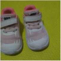 Tênis Nike Tam 21 - 21 - Nike