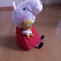 Pelúcia Peppa Pig com Ursinho -  - Peppa Pig