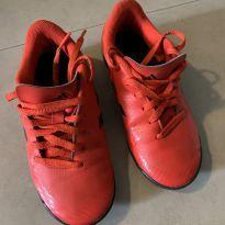 Chuteira Adidas tamanho 28 - 28 - Adidas