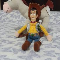 Cavalo Bala no Alvo e Boneco Woody Toy Story -  - Disney