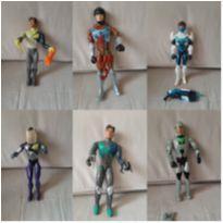 Lote 6 bonecos max steel -  - Mattel