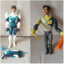 2 bonecos max steel 30 cm -  - Mattel