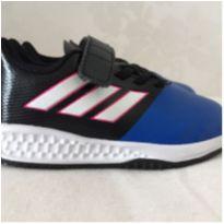 Tênis Adidas novo - 20 - Adidas