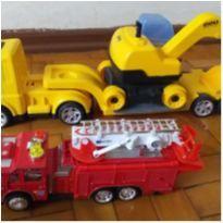 brinquedos seminovos -  - Usual Plastic