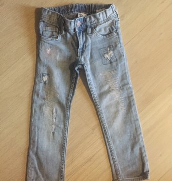 Calça jeans fem. descolada Importada - 3 anos - H&M