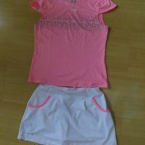 Conjunto de  short saia e blusa, estilo tenista.  branco e rosa.Importado. - 12 anos - Não informada