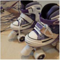 Patis branco e lilás Semi Novo. Marca Bel Sports style street rollers. -  - Bel Sports