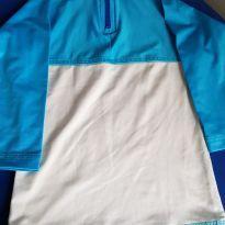 Blusa com proteção solar