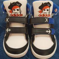 Tênis Adidas pirata - 20 - Adidas