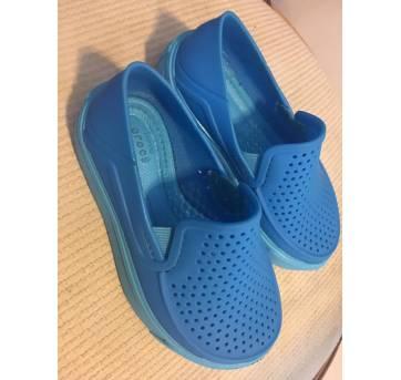 Crocs - CitiLane Roka Slip-on- Azul - 22 - Crocs