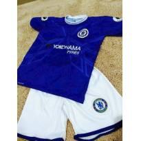 Uniforme futebol time Chelsea tamanho 6 anos - 6 anos - Não informada ( Replica)