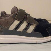 Tênis Adidas original tamanho 25