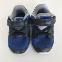 Tênis Nike Azul e Preto - 20 - Nike