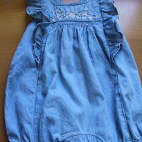 Macacão Curto Jeans Bordado - 0 a 3 meses - Baby Gap e GAP