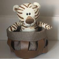 Filhote Pelúcia Tigre -  - Nestlé