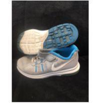 Tenis Nike Max Dynasty Cinza com azul tamanho 28 - 28 - Nike