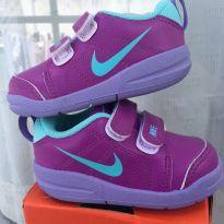 Tênis Nike Original Menina Nº20 (( COMO NOVO )) - 20 - Nike