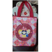 Kit bolsa Disney Princesas + Brilho Labial Branca de Neve -  - Disney e avon