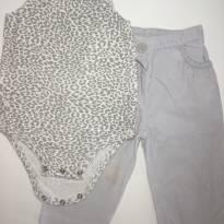 Conjunto de Body Regata + Calça Canelada Cinza Carter's - 6 meses - Carter`s