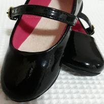 Sapato / sapatilha verniz Boneca - 20 - Não informada