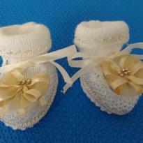 Sapatilho de Lã Fashion Florzinha - 0 a 3 meses - Feira Largo da Ordem