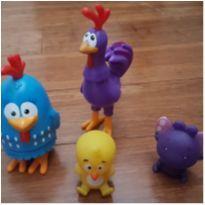 Coleção Bonecos de Vinil Galinha Pintadinha -  - Galinha Pintadinha e Lider brinquedos