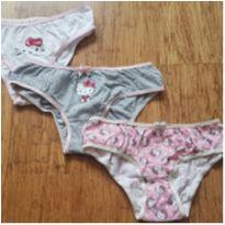 Trio Calcinhas Hello Kitty - 24 a 36 meses - Renner