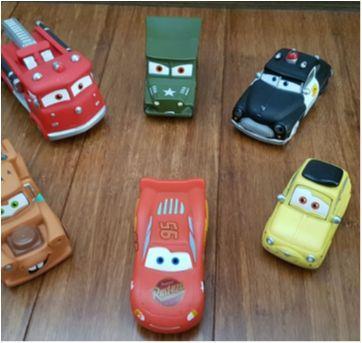 Kit Carros de Vinil - Turma do McQueen - Sem faixa etaria - Disney e Importado