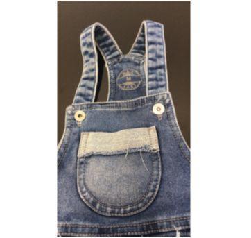 jardineira jeans baby - 6 a 9 meses - Sem marca