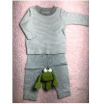 Calça H&M e blusinha de manga longa Carter's - 3 meses - Carter`s e H&M