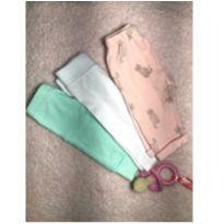 Kit com 3 calças importadas (Carter's, Wonder Nation e René Rofe baby) - 0 a 3 meses - Carter`s e René Rofé baby