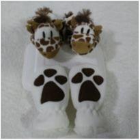 Pantufas e luvas fofinhas de bichinho - 18 - Zip Toys e hug