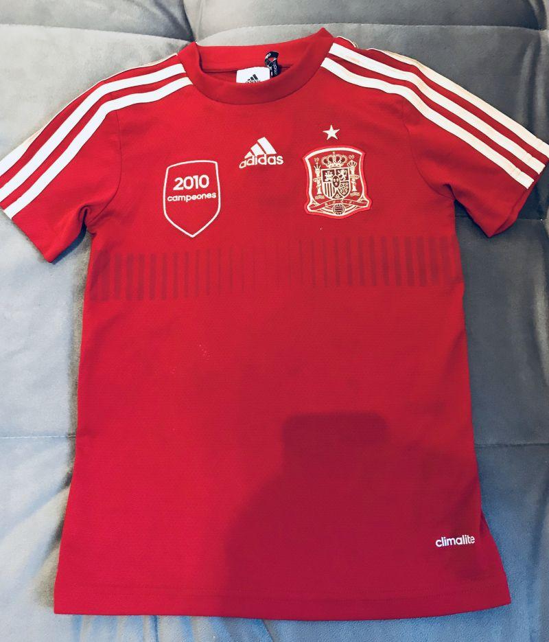 9dfba83d96f94 Camisa Adidas Infantil seleção da Espanha 7 anos no Ficou Pequeno ...