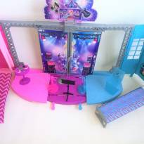 Palco Da Barbie Rock And Royals Da Mattel Mod. Ckb78 -  - Mattel