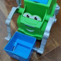 Play Doh - Chuck & Friends - Separando o Lixo - Massinha -  - Play-Doh
