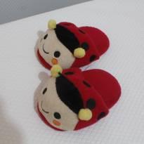 903 Pantufa Ladybug - 27 - Não informada