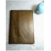 porta passaporte em couro com porta cartões - um luxo!! -  - Sem marca