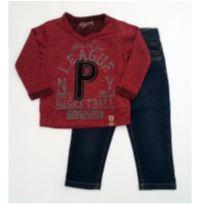 Conjunto camiseta vinho e calça jeans - NUNCA USADO - Tamanho 1 - 1 ano - Planeta pano
