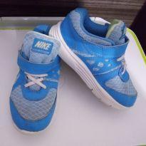 Tênis lindo da Nike - 25 - Nike