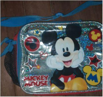 Lancheira Linda do Mickey - Sem faixa etaria - Gap Disney importados