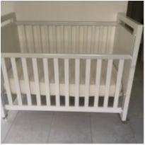 Berço Clean Branco que vira mini cama com colchão anti refluxo novinho -  - CIA DO MÓVEL